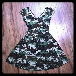 Camouflage open back flair dress M